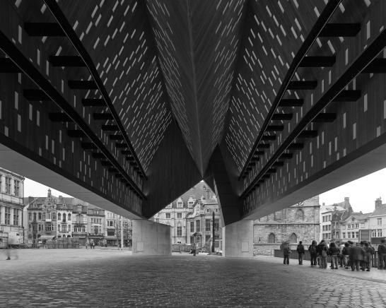 robbrechtendaem-vanhee-market hall gent-B-photographer marc de blieck