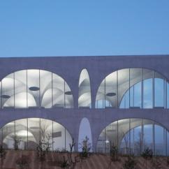Biblioteca-Tama-library-Toyo-Ito-5