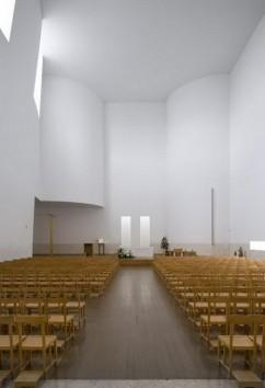 Iglesia en Marco de Canaveses_ALVARO SIZA_8