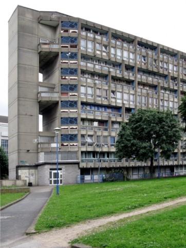 robin-hood-gardens-Alison-Peter-SMITHSON-5